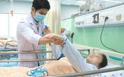Mổ khẩn cứu con trước, cứu mẹ đang mong manh sự sống