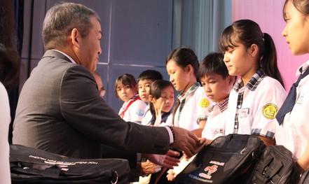 Tiếp sức giấc mơ đến trường cho học sinh tỉnh Đồng Nai