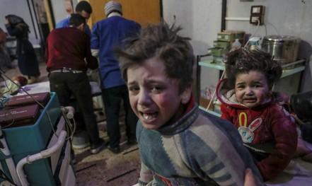 Syria: Quân chính phủ dội bom, hơn 500 dân thường thương vong