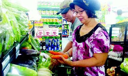 Cư dân chung cư Carina vui mừng đón Co.op Food hoạt động trở lại