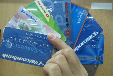 Ngân hàng Nhà nước chỉ đạo mở thẻ ATM cho người khiếm thị