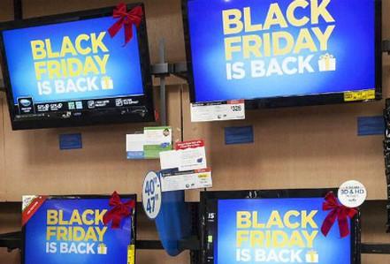 Chiêu trò bán TV trong dịp Black Friday của người Mỹ
