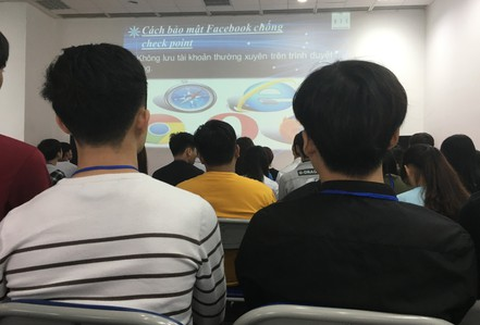 Việc làm ảo tràn lan mạng xã hội: Bên trong lớp học kinh doanh online