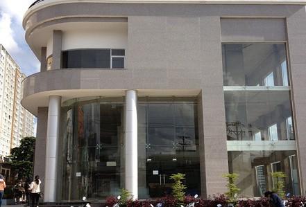 Một chung cư 18 tầng ở TP HCM sắp bị xiết nợ