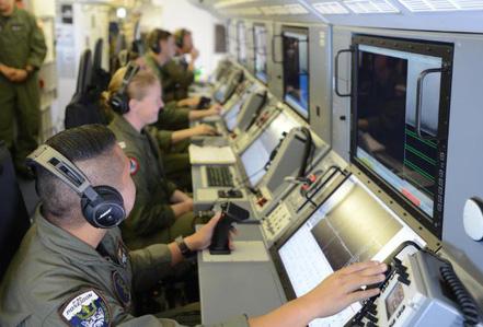 """Hành trình """"săn"""" tàu chiến Trung Quốc trên biển Đông của Hải quân Mỹ"""