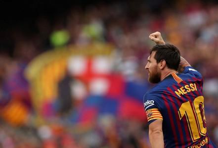 Messi, Suarez cùng lập cú đúp, Barcelona xé nát lưới Huesca