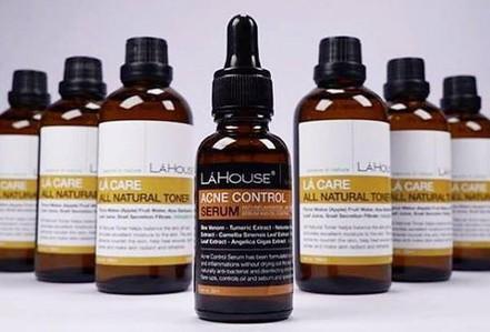 Thu hồi toàn quốc sản phẩm trị mụn Acne control serum