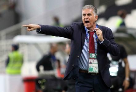 Sang Colombia đàm phán, HLV Queiroz bỏ trận gặp tuyển Việt Nam?