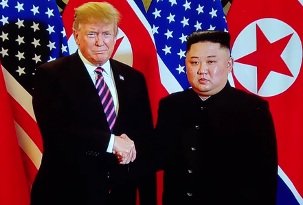 """Thượng đỉnh Mỹ-Triều: Tổng thống Donald Trump và Chủ tịch Kim Jong-un gặp nhau tại """"điểm hẹn"""" Metropole"""