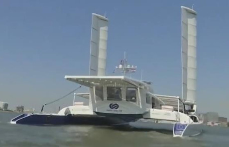 Độc đáo chiếc thuyền chạy bằng năng lượng tái tạo và Hydro
