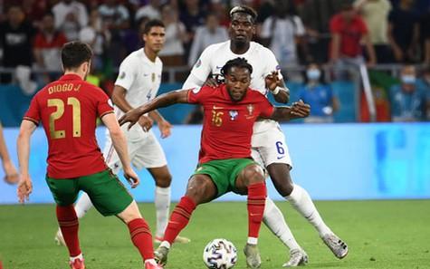 Vòng 1/8 Euro 2020: Loạt đấu kỳ phùng địch thủ