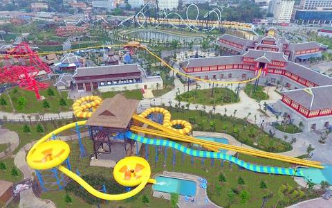 Công viên nước hiện đại nhất Đông Nam Á khai trương tại Hạ Long