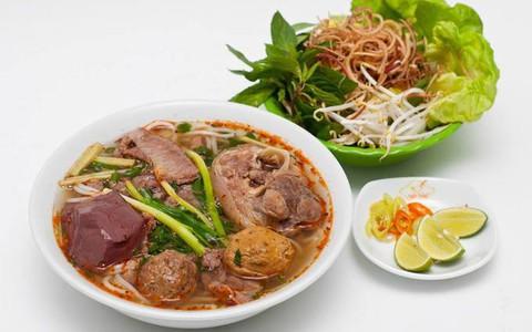 Báo nước ngoài gợi ý 10 quán bún bò Huế ngon ở TP HCM