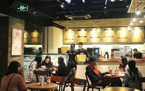 Chuỗi cà phê nào đang thu nhiều tiền nhất?