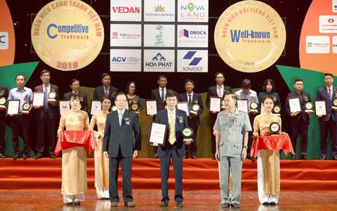 Nam A Bank liên tiếp được vinh danh nhãn hiệu nổi tiếng Việt Nam