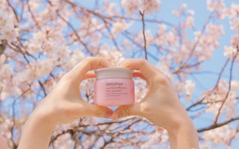 Bí quyết của vẻ đẹp sáng hồng rạng rỡ như hoa anh đào