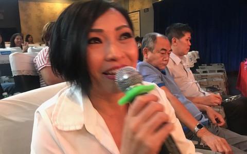 """Ca sĩ Phương Thanh khóc nức nở vì """"Ngôi nhà trên thuyền"""""""