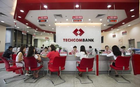Techcombank báo lãi trước thuế 10.700 tỉ đồng