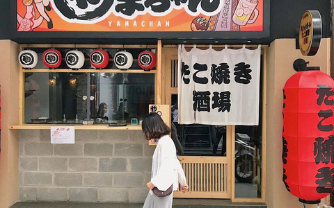 Những khu ẩm thực nước ngoài hút khách tại ngay TP HCM
