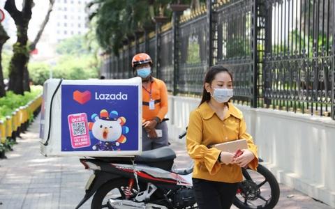 Lazada triển khai giải pháp giao hàng không tiếp xúc, giữ khoảng cách an toàn 2 mét với người nhận