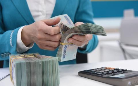Lãi suất tiền gửi đồng loạt giảm