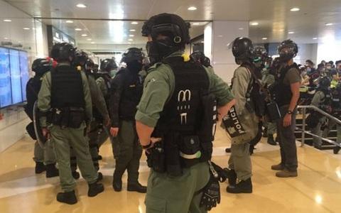 Hồng Kông căng như dây đàn, an ninh thắt chặt
