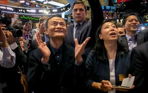 """Công ty Trung Quốc niêm yết tại Mỹ sắp bị """"trấn áp""""?"""