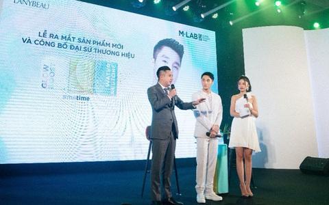 Mặt nạ M-Lab - Vì sao thu hút nghệ sĩ Sơn Tùng M-TP?