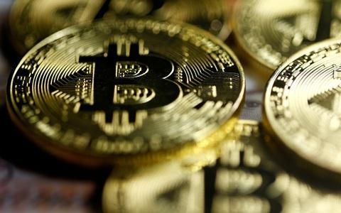 """""""Bitcoin là mẹ của mọi bong bóng"""""""