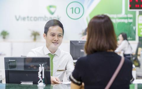 Ngân hàng tiếp tục giảm lãi suất cho khách hàng bị ảnh hưởng Covid-19