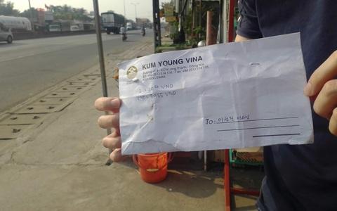 """Đồng Nai: Xôn xao clip """"30 giây hôi hết 59 triệu"""" tiền rơi trên Quốc lộ 51"""