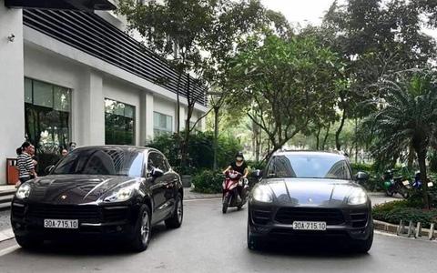 """Hai xe sang Porsche cùng biển số """"chạm mặt nhau"""" tại đô thị cao cấp ở Hà Nội"""