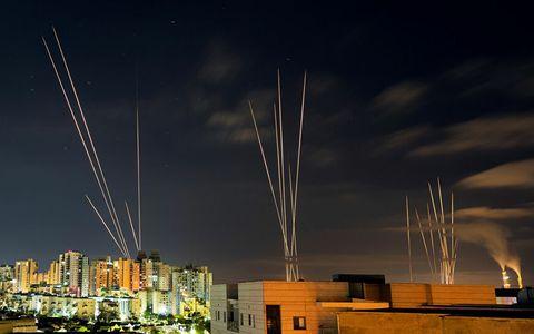 """Israel """"lùng"""" bệ phóng rốc-két ngầm của Hamas"""
