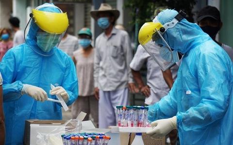 NÓNG: Thêm 6 ca dương tính SARS-CoV-2 ngoài cộng đồng ở Hà Nội