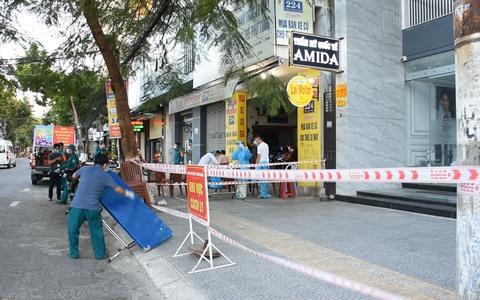 """""""Ổ dịch"""" Thẩm mỹ viện Amida ở Đà Nẵng có thêm 12 ca nghi mắc Covid-19 mới"""