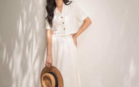 """Kiểu áo sơ mi đang """"phủ sóng"""" các shop thời trang Việt"""