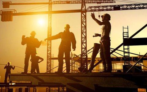 """Doanh nghiệp xây dựng """"sinh tồn"""" thế nào giữa cơn bão giá vật liệu xây dựng và Covid-19?"""