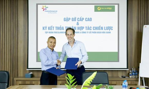 """CEO Toàn cầu Tập đoàn FrieslandCampina: """"Tôi ấn tượng về mô hình kinh doanh của Bách hóa Xanh"""""""