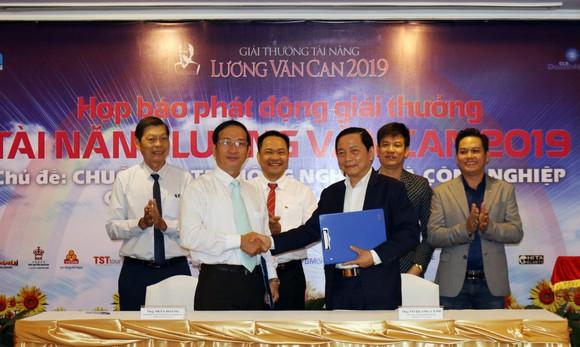 Công bố giải thưởng tài năng Lương Văn Can 2019