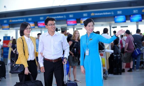 """Vietnam Airlines ra mắt dịch vụ """"Chào đón và đưa dẫn ưu tiên"""""""