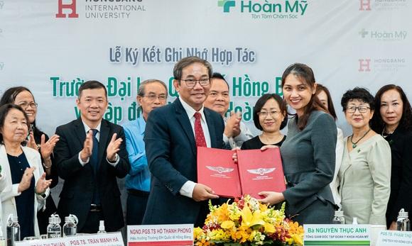 Tập đoàn Y khoa Hoàn Mỹ và ĐH Quốc tế Hồng Bàng hợp tác đào tạo nhân lực