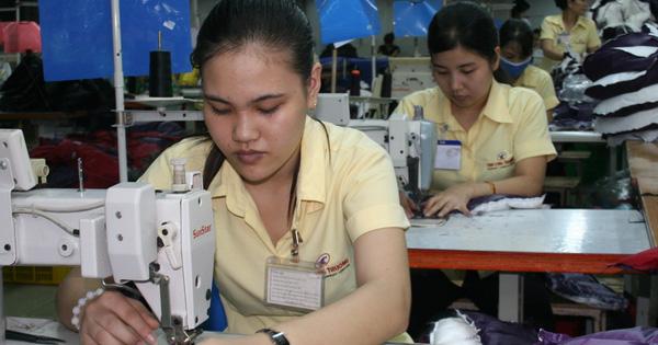 Tháng lương thứ 13 đang là phúc lợi lớn nhất của người lao động