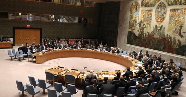 Lo Mỹ mượn cớ can thiệp vào Venezuela, Nga – Trung dùng quyền phủ quyết