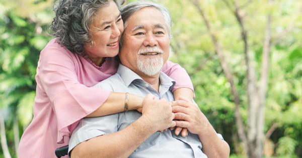 Cảnh báo suy nhược cơ thể cho người già