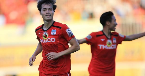 Văn Toàn xuất sắc cứu thua HAGL, Công Phượng chìm sâu cùng Incheon United