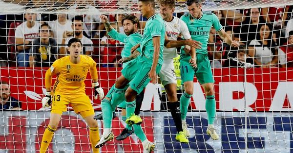 Karim Benzema cứu Zidane, Real Madrid lên nhì bảng La Liga