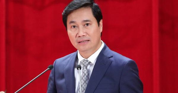 Tân Chủ tịch UBND tỉnh Quảng Ninh là tiến sĩ kinh tế