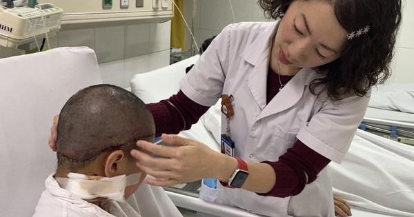 Nối thành công da đầu bị đứt rời cho bé gái 8 tuổi bị tóc cuốn vào xe
