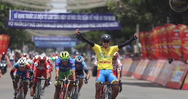 Lần thứ 4 thắng chặng, Tấn Hoài tiến gần đến chiếc Áo vàng chung cuộc