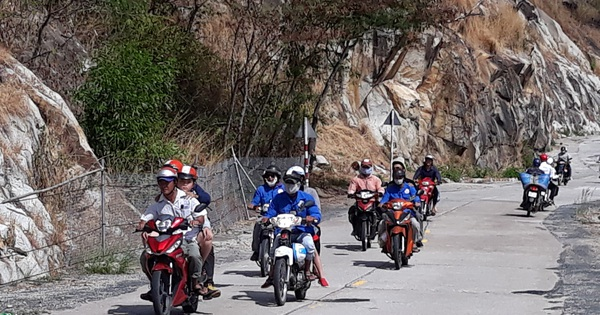 Giành chở khách ở núi Cấm, người chạy xe ôm bị chém nguy kịch